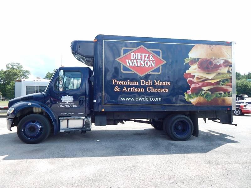 $12,499, 2005 Freightliner Business class M2 Refrigerator Truck