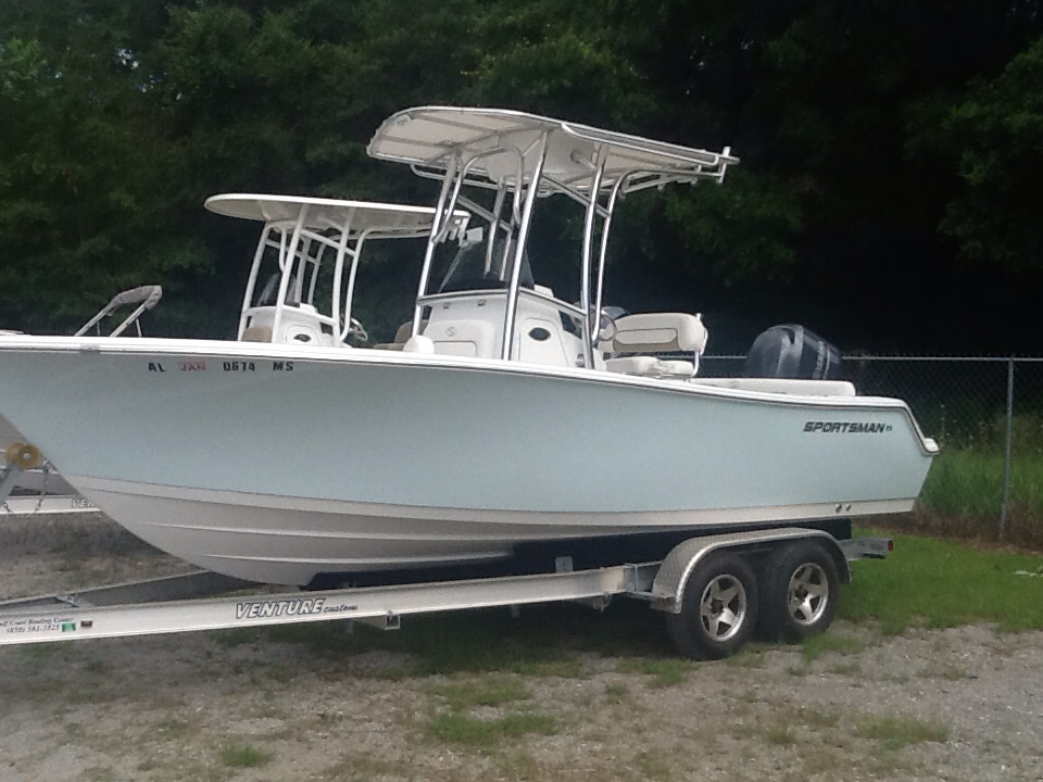$40,000, 2015 Sportsman Boats Heritage 211 Center Console