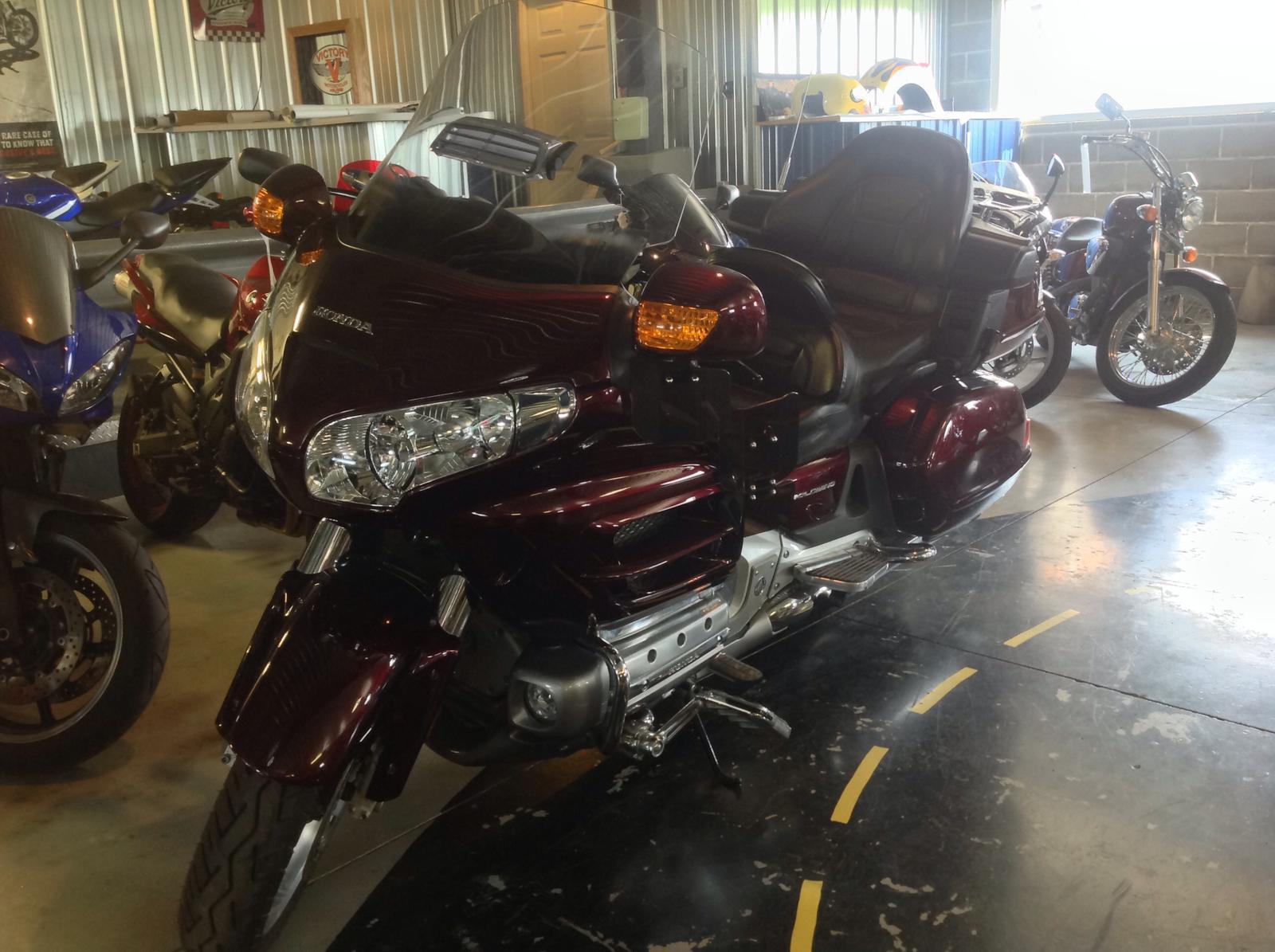 $14,995, 2007 Honda Goldwing 1800